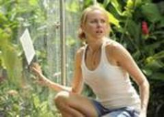 naomi watts beats the odds to achieve 'the impossible'